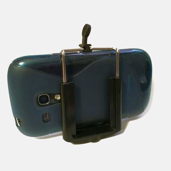 iStabilizer Mount montando un Samsung S3 Mini, cabe justita cuando va en su funda