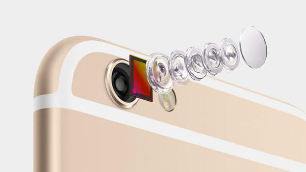Separación de las piezas de la cámara del iPhone