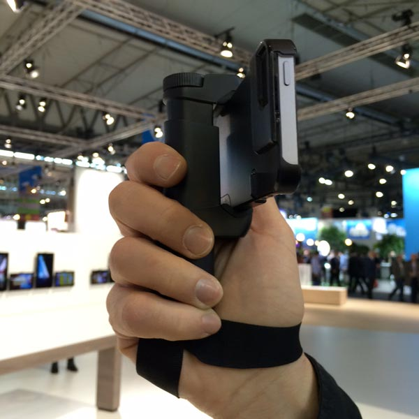 Probando el Shoulderpod S1 en el Mobile World Congress MWC15
