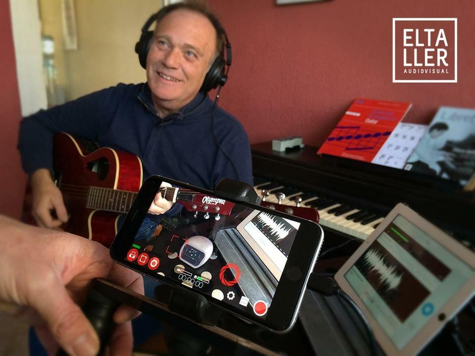 Cómo grabar audio digital en el móvil - Pepe Bornay tocando la guitarra mientras grabamos con un iPhone, un SHURE MOTIV MVi, Shoulderpod R1 Pro y FilmicPro