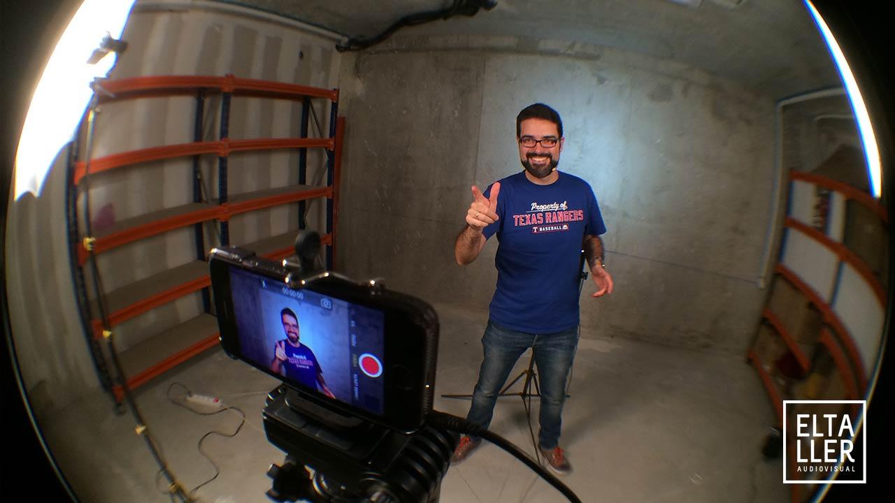 Grabando los vídeos de los posts del blog en PBC Coworking destinados para YouTube