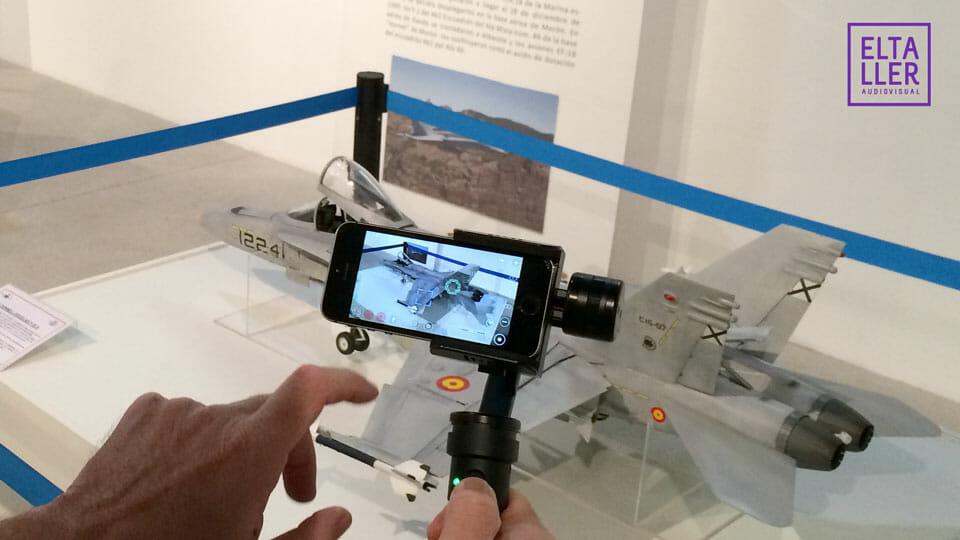Grabación con un estabilizador diseñado específicamente para hacer vídeos con móviles - Grabando con un iPhone 5S y el Estabilizador Rebel